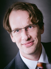 Dr. Volker Patzke